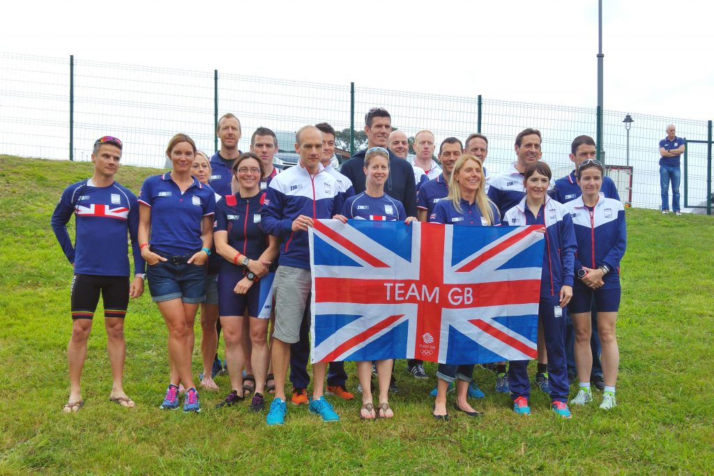 The 40-44 standard distance group photo. Spot the good one...