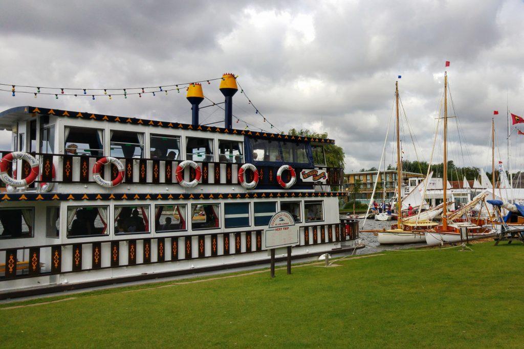 Morning run - Horning pleasure steamer. Norfolk Broads Caravan Club Site, Ludham, Wroxham, Thursday 4th August 2016.