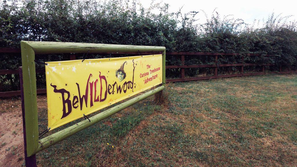Morning run - Bewilderwood entrance. Norfolk Broads Caravan Club Site, Ludham, Wroxham, Thursday 4th August 2016.